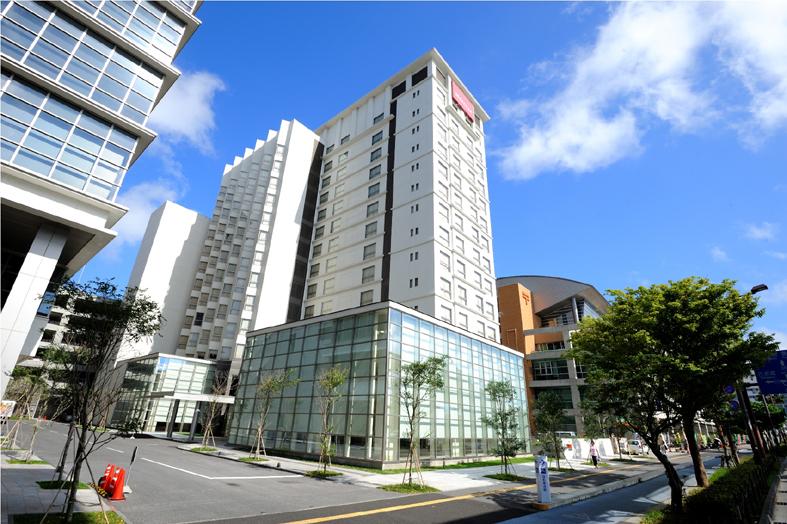 Mercure okinawa naha opens its doors prc magazine for Design hotel okinawa