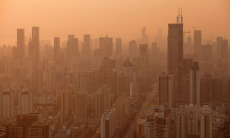 Carbon Trading open in Shenzhen : Haze over the skyline