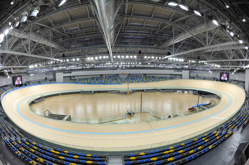 The cycling track of the Hong Kong Velodrome meets