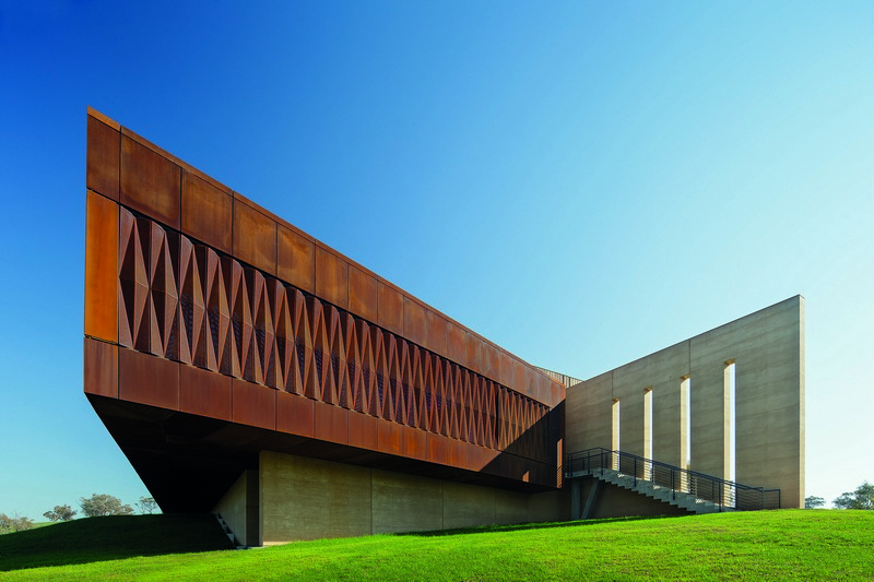10. Garangula Gallery - Fender Katsalidis Mirams Architects
