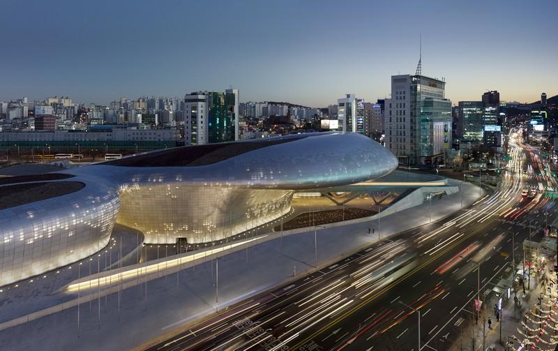 6. Dongdaemun Design Plaza - Zaha Hadid Architects