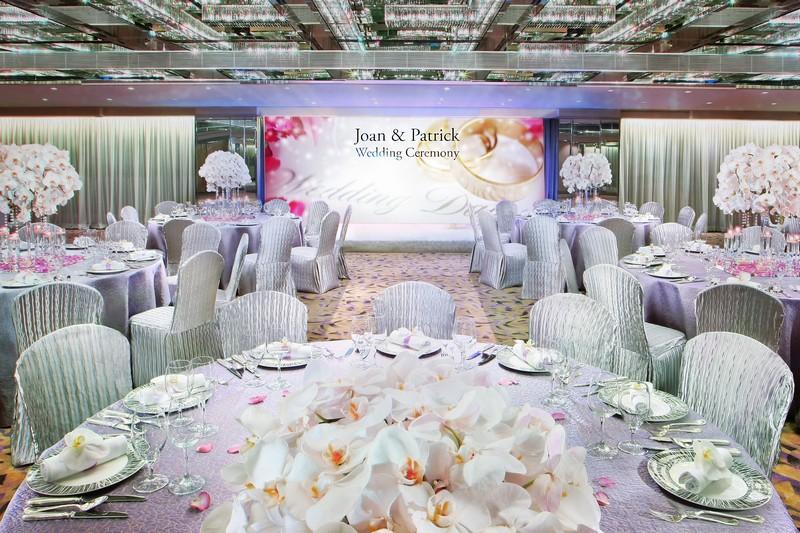01_Wedding Set Up with LED Wall at Versailles Ballroom