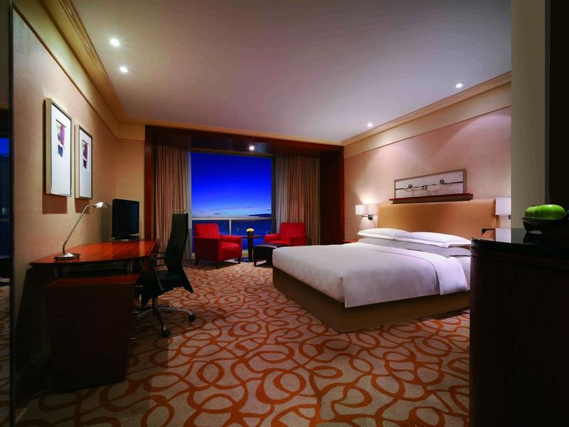 New World Manila Bay Hotel City Bay View Room
